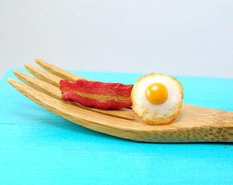 Egg and Bacon Earrings // Post Earrings // MADE TO ORDER // Food Jewelry
