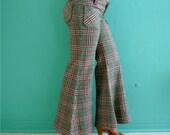 vintage 70's plaid tweed bell bottom pants // hip hugging pants