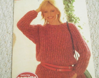 Leisure Arts Fashion Leaflet 1303 - Knitting Patterns Ladies' Sweaters