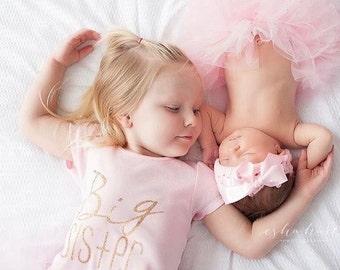 Pink and gold big Sister t-shirt | big Sis shirt | pregnancy announcement | big sisiter little sisiter | Paisley Prints original design