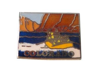 COLORADO STATE vintage lapel cloisonne enamel pin Mafco white water rafting