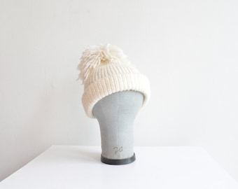Vintage HANDKNIT wool 'toque' with POMPOM