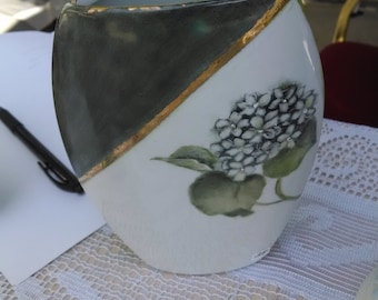 Hydrangea Vase with Gold Ribbons