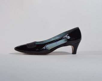 Vintage 1960s Black Patent Shoes - Two Tone Leather High Heels - Size 8 N or 7