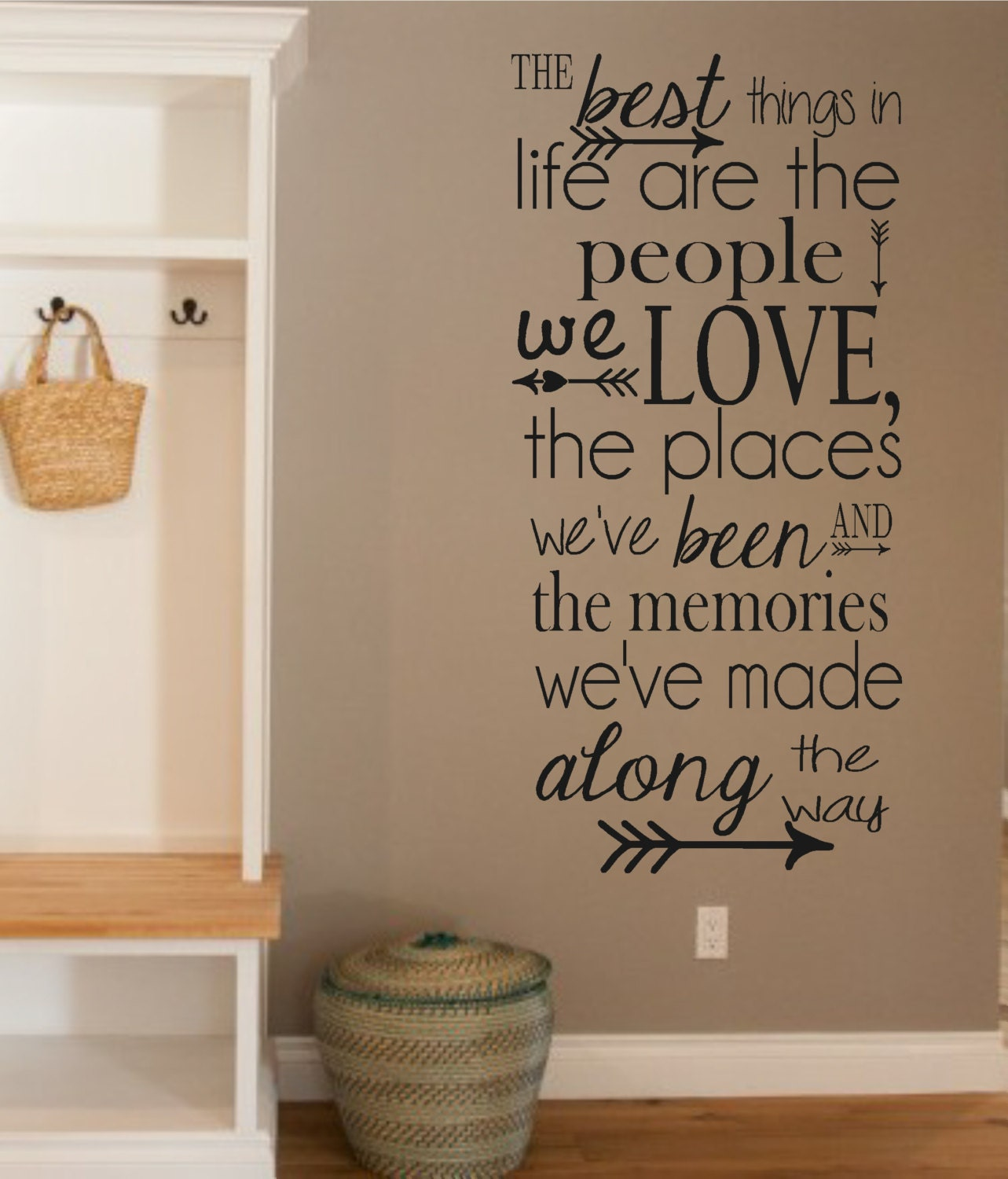 Vinyl wall decal the best things in life people love for Living room decor quotes
