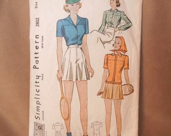 SALE...Vintage 40's Sewing Pattern, Simplicity Pattern 2802, Vintage Size 16,  Shorts and Tops