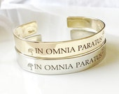 Gilmore Girls Inspired Bracelet . IN OMNIA PARATUS - Ready For Anything .  Hand Stamped Metal Bracelet . Stars Hollow