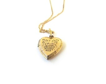 Vintage Sweetheart Locket With Flower Basket Design c.1940s