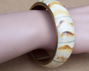 Vintage bangle bracelet brass dyed inlay amber ethnic jewellery (105)