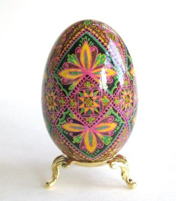 Gift Mother's day from daughter Goose Egg Pysanka personalize this gift for your mom keepsake she would love very much hand-painted batik