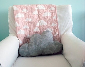 Modern Baby Quilt in Coral Pink and White Cloud Print for Girl – Reversible