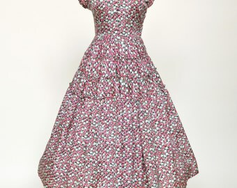 Vintage 1950s Dress...JONATHAN LOGAN Floral Print Day Dress