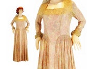 1930s Evening Dress in Floral Gold Lamé / 30s Evening Gown by Harvey Nichols. Vintage Wedding. Museum worthy. RARE.
