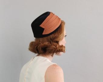 1950's Wool Hat / 50's Wool Felt Hat / Pillbox Hat
