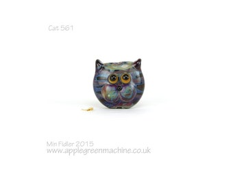 Lampwork glass cat bead 561
