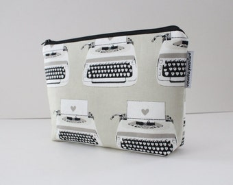 project bag -- black & white typewriters