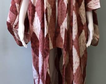 Stunning Vintage Abstractl Japanese Kimono