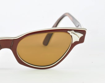 American Optical Vintage Cat Eye Sunglasses, Layered Brown & White, Brown Lenses, Ready to Wear, 1950s, 1960s