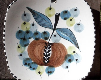 Graveren Norsk wall plate Hand Made in Norway Ltd Edtion fruit