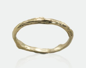 Twig Wedding band, Tree Bark Ring, Stackable Yellow Gold Ring