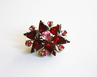 Small Brooch with garnet and pink rhinestones