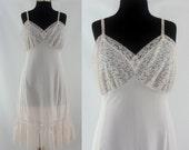 Vintage Fifties Slip - 1950s Pale Pink Dress Slip - 50s Pink Lace Full Slip - Large Vintage Slip - Free Domestic Shipping