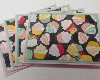 Set of 4 Cupcake Note Cards, Cupcake Stationery, Birthday Card Set, Card Set with Envelopes
