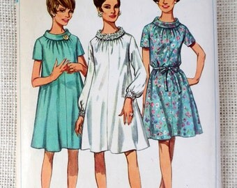 Vintage pattern Simplicity 7353 dress roll collar tent dress Bust 46 1960s gathered neckline plus size First Lady Mod Mad Men