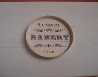 Dollshouse miniature bakery  tray - one inch 1:12th scale - dollshouse tray - min iature kitchen