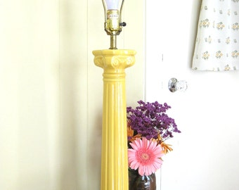 Vintage Mid Century Yellow Ceramic Greek Column Lamp // Boho Decor // Large Table Lamp // Tall Lamp // Lighting // Decor