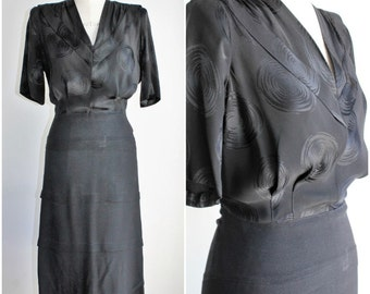 Vintage 1940s Black Rayon Dress / 40s  LBD Little Black Dress / Shoulder Pads / Tiered Skirt / Gothic Clothing