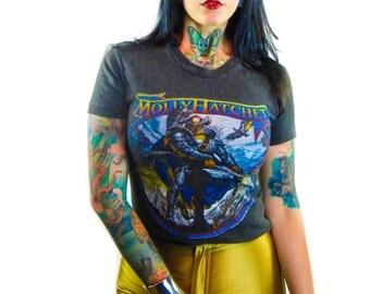 Vintage MOLLY HATCHET Shirt 1981 Band tee Concert shirt 80s Rocker 80s tee 80s shirt Hippie Boho Grateful Dead Heavy Metal Fashion Style