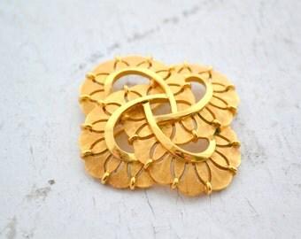 1960s Trifari Gold Knot Brooch