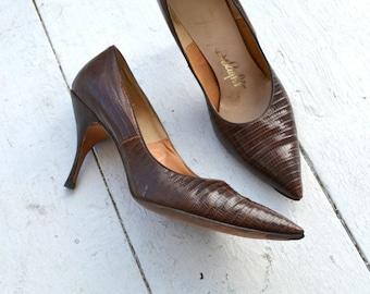 1950s Brown Snakeskin Stilettos, Size 8AAA