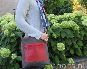 Messenger bag / leather laptop bag / Cross body bag SQR in grey-brown and red cow leather