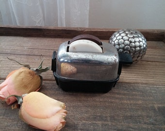 1950s Toaster Salt Pepper Shaker Still Works Toast Pops