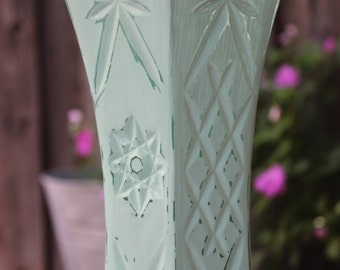 Large Vase Mint Green Painted Distressed Vase Shabby Chic / Wedding / Shower / Centerpiece
