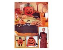 Halloween Decorations UNCUT Sewing Pattern Table Runner Pumpkin Centerpiece Bat Placemat Cat Wall Hanging Bag Apron Butterick 6299 S