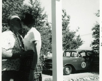 "Vintage Photo ""Morning Kisses"" Snapshot Photo Old Antique Photo Black & White Photograph Found Photo Paper Ephemera Vernacular - 15"