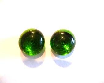 Post Earrings, Stud earrings, Green post earrings, green stud earrings, green, emerald, green earrings, small earrings, glass earrings,