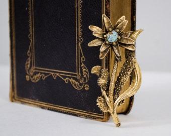 1970s vintage brooch / vintage floral brooch / Desert Rose