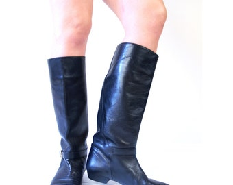 vtg 80s BLACK harness Tall RIDING BOOTS 10 sleek leather flat pirate boho knee high preppy equestrian buckle heels shoes