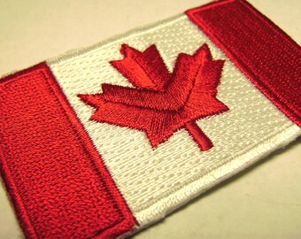 Canadian Flag Canada Souvenir Embroidered Patch Fabric Sewing Shield Flag Vintage