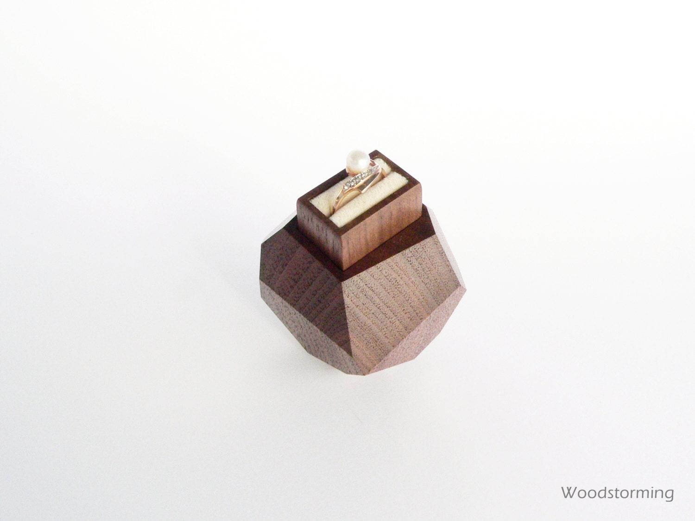 holz ring box box der verlobungsring vorschlag von woodstorming. Black Bedroom Furniture Sets. Home Design Ideas