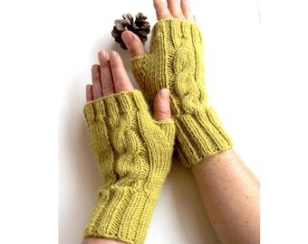Autumn Trend / Hand Knit Fingerless Gloves / Medium size fits most  /  Green  / Winter Fashion/ Arm Warmes