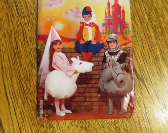 VINTAGE Ride On Horse Costume - Princess / Knight / Humpty Dumpty - Children's Size (4 - 10) - UNCUT Vintage Sewing Pattern Butterick 4285