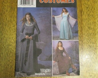 LOTR Eleven Dress / Medieval Gown with Ruffle Sleeves - Cosplay or SCA - Size 14 - 16 - 18 - 20 - UNCUT Sewing Pattern Simplicity 9891
