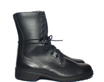 9.5 W | Men's 1970's Vintage Combat Boots Black Leather Military Boots dated 1978