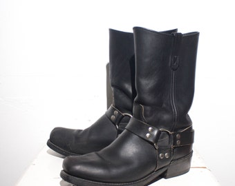 10.5 EE | Men's HH Black Leather Harness Boots