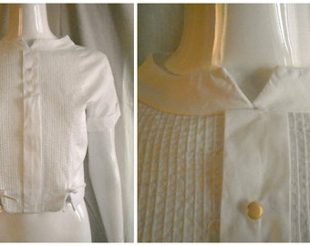 1950's Vintage Blouse White Cropped Top with Pleats and Bows Back Buttons